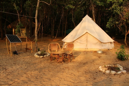 The large cotton tent is romance on the beach on a remote Cambodian island! It is the closest you will get to living in a real house right on the beach. & The Large Cotton Tent u2013 Sleeping Trees